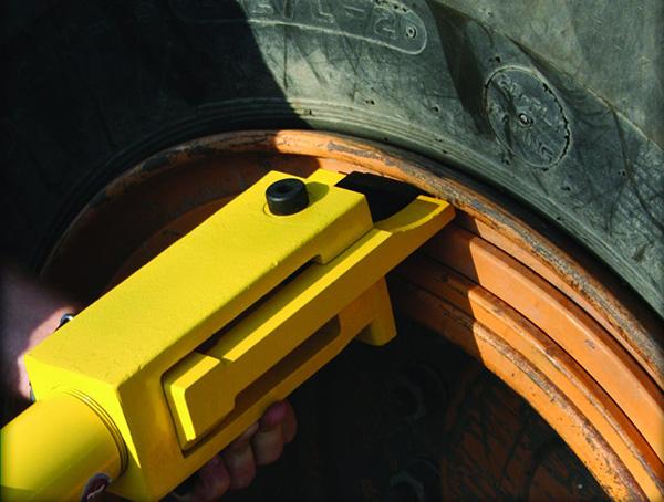 Image for OTR GIANT TIRE BEAD BREAKER