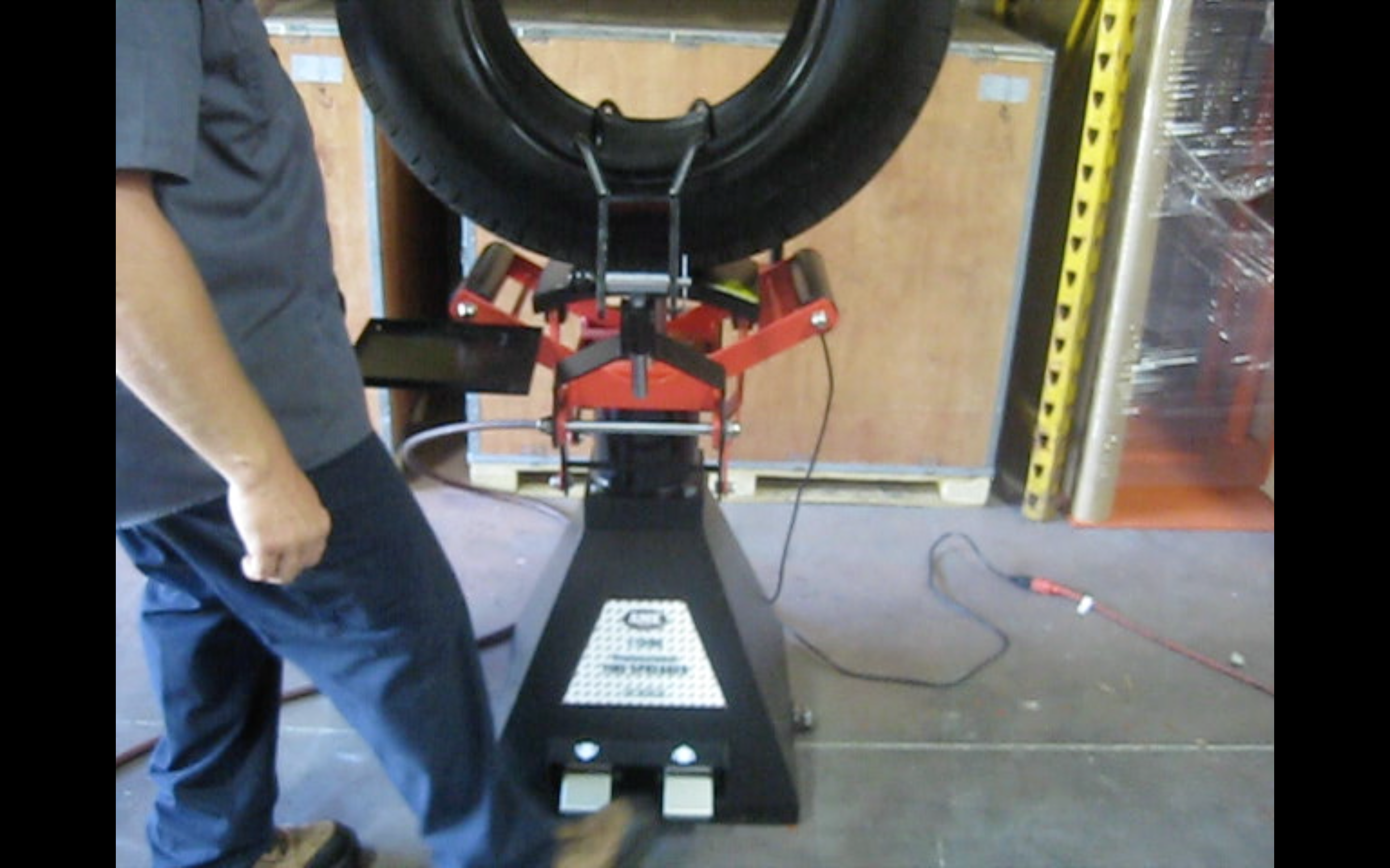 Image for AIR OPERATED TIRE SPREADER