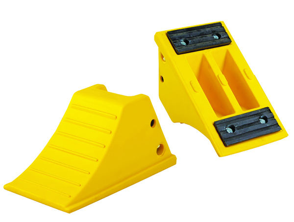 Gallery Picture 1 for URETHANE WHEEL CHOCK-RUBBER