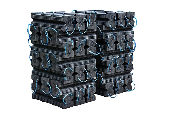 Gallery Picture 1 for SUPER STACKER CRIBBING BLOCKS, 42 PC. KIT