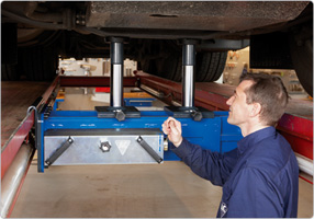 Image for AC HYDRAULIC HEAVY DUTY TWIN RAM JACKING BEAM, 6 TON